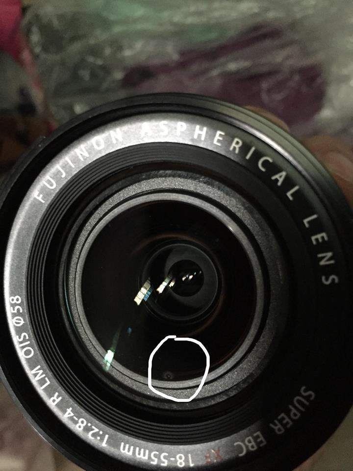 Cho mình hỏi xíu lens của mình nó bị mốc thì ở HCM có chỗ nào vệ sinh lens được không mọi người?